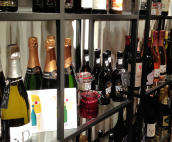 "Which Champagne Character Are You? – ""Weininseln"" in Munich"